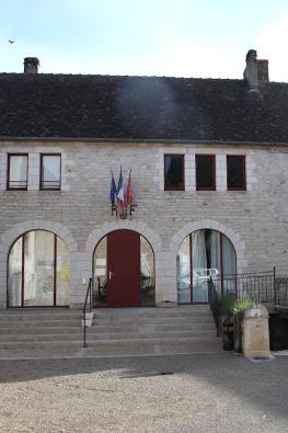 Mairie de Floirac dans le Lot